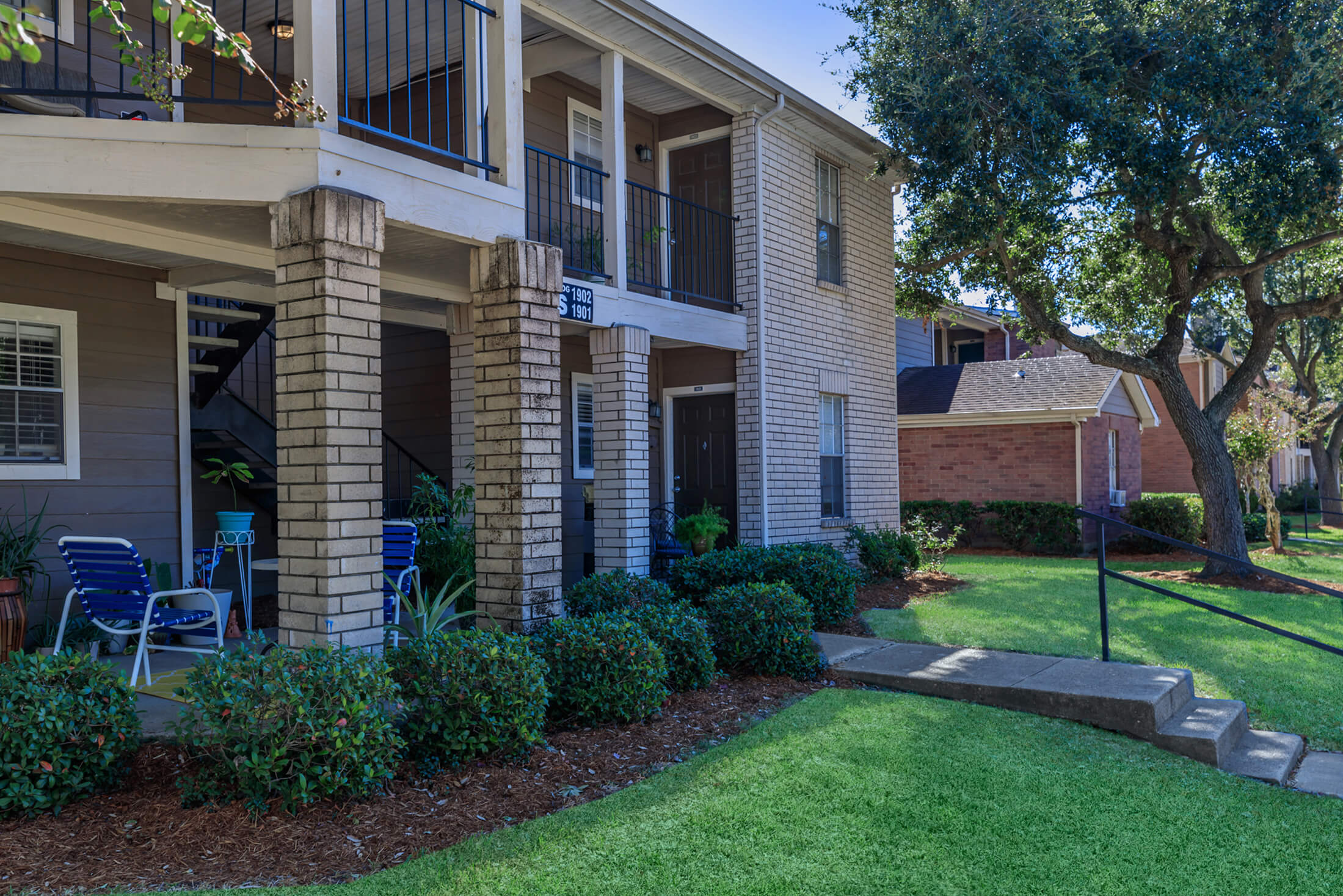 Country Oaks Apartments: Apartment Homes In League City, TX
